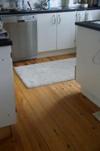 Nymalt gulv og vinner av give-away