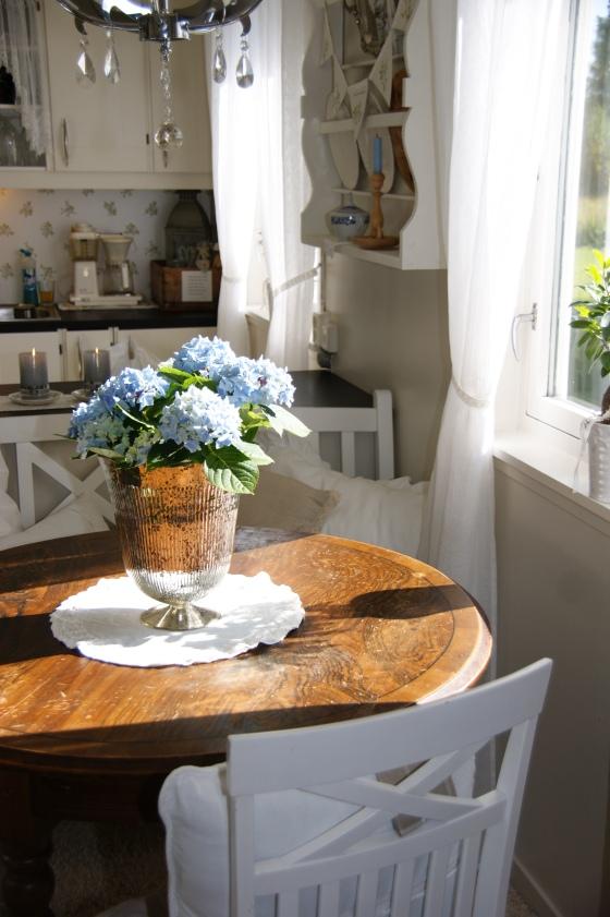 Nytt gammelt kjøkkenbord